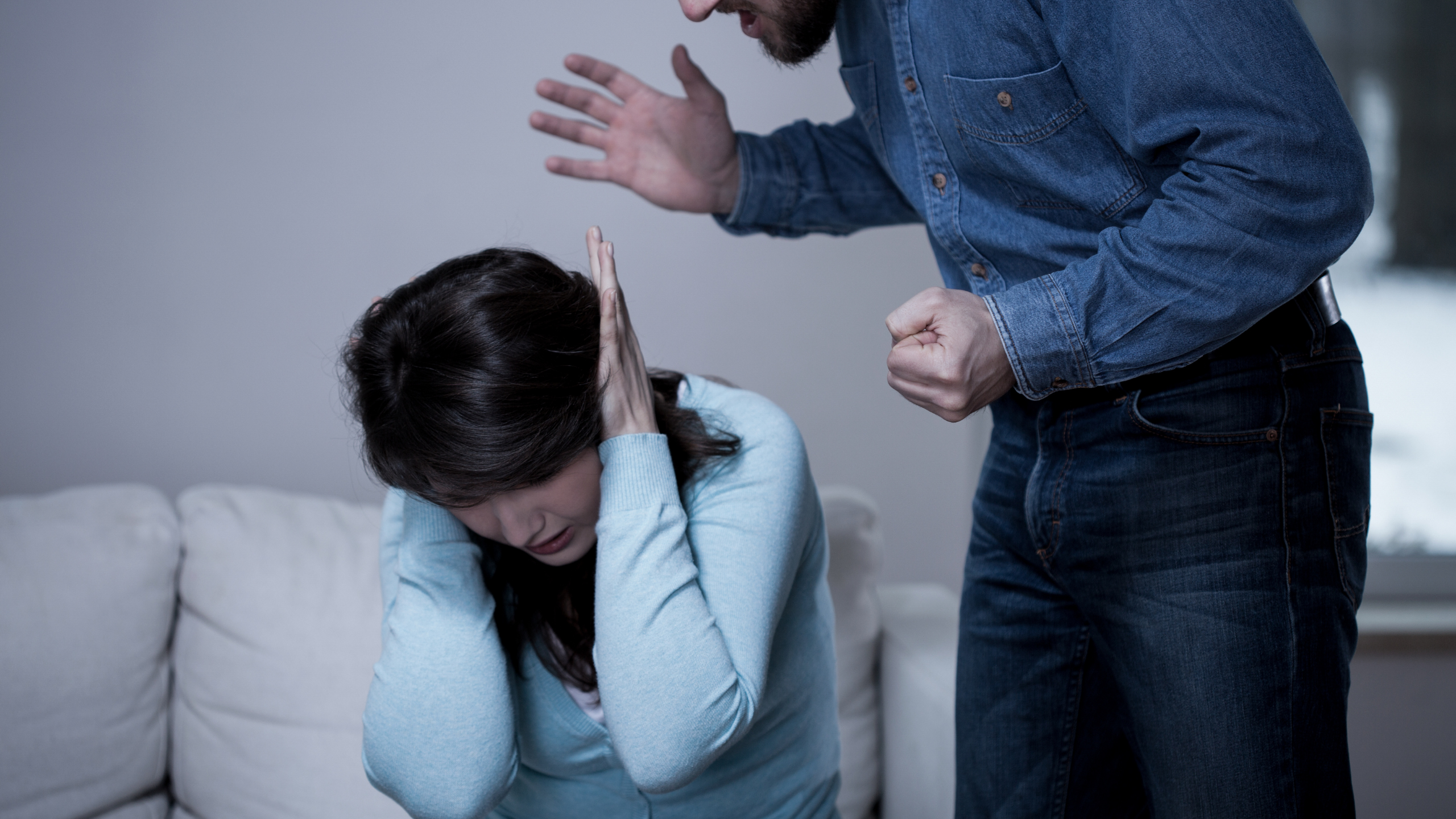 How To Talk To A Narcissistic Husband