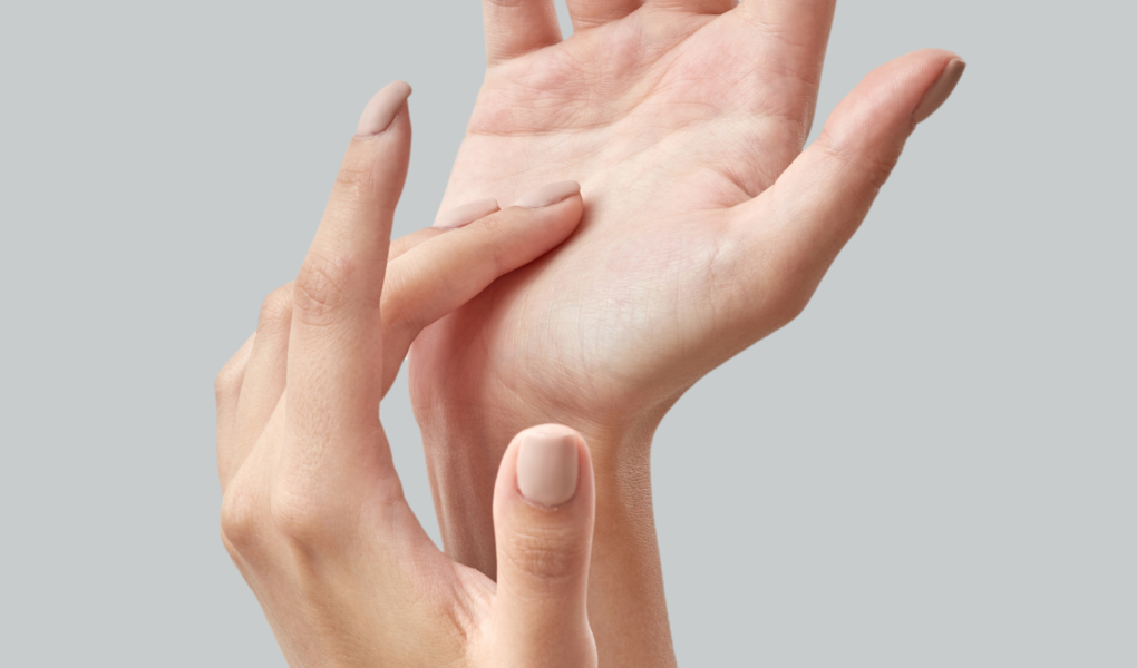 How To Make Hands Look Younger Naturally